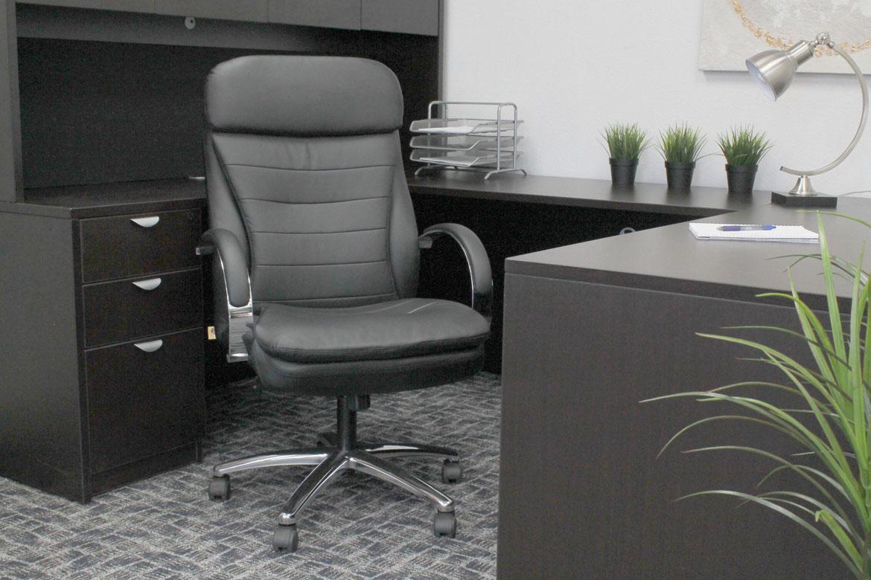 Boss High Back Caressoftplus Exec Chair W Chrome Base
