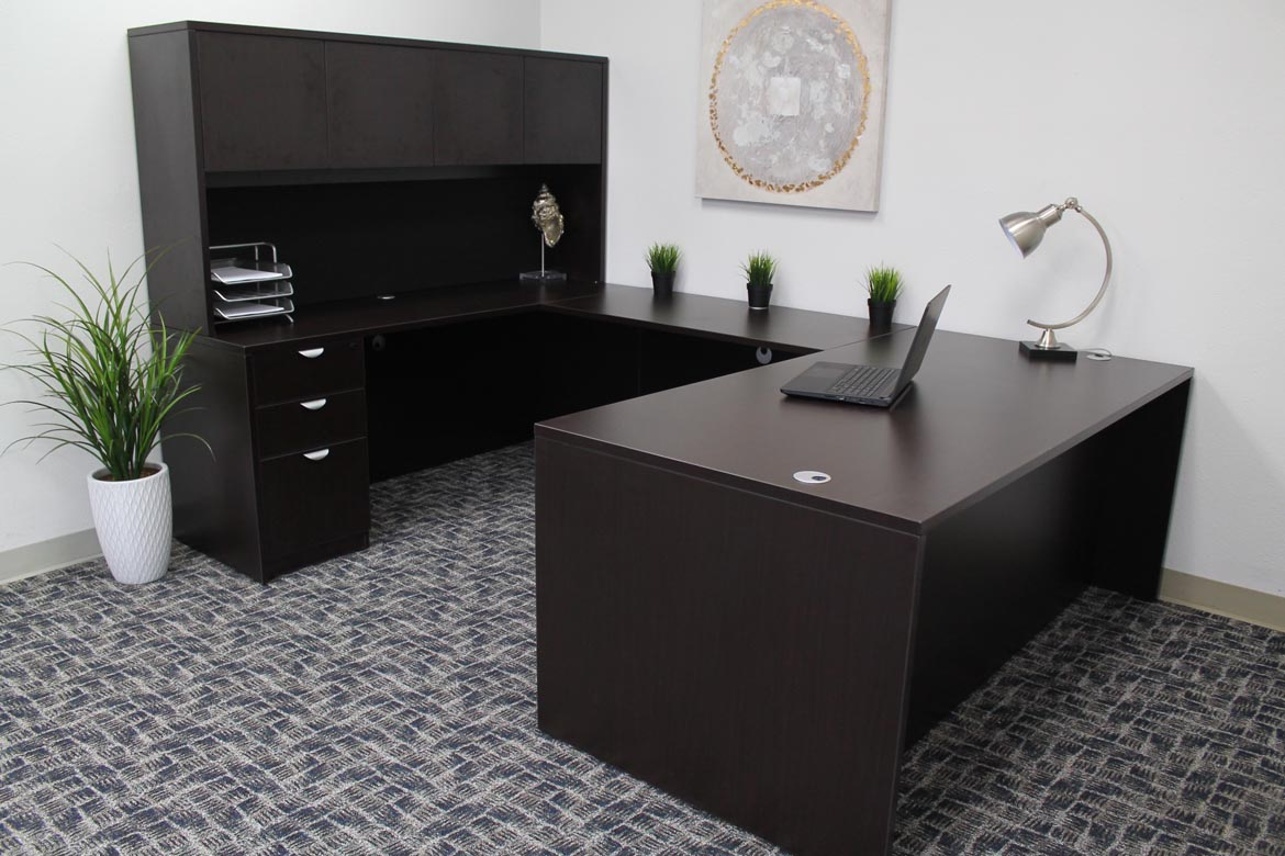 Boss Holland Series 71 Inch Executive U Shape Desk With File Storage Pedestal And Hutch Mocha