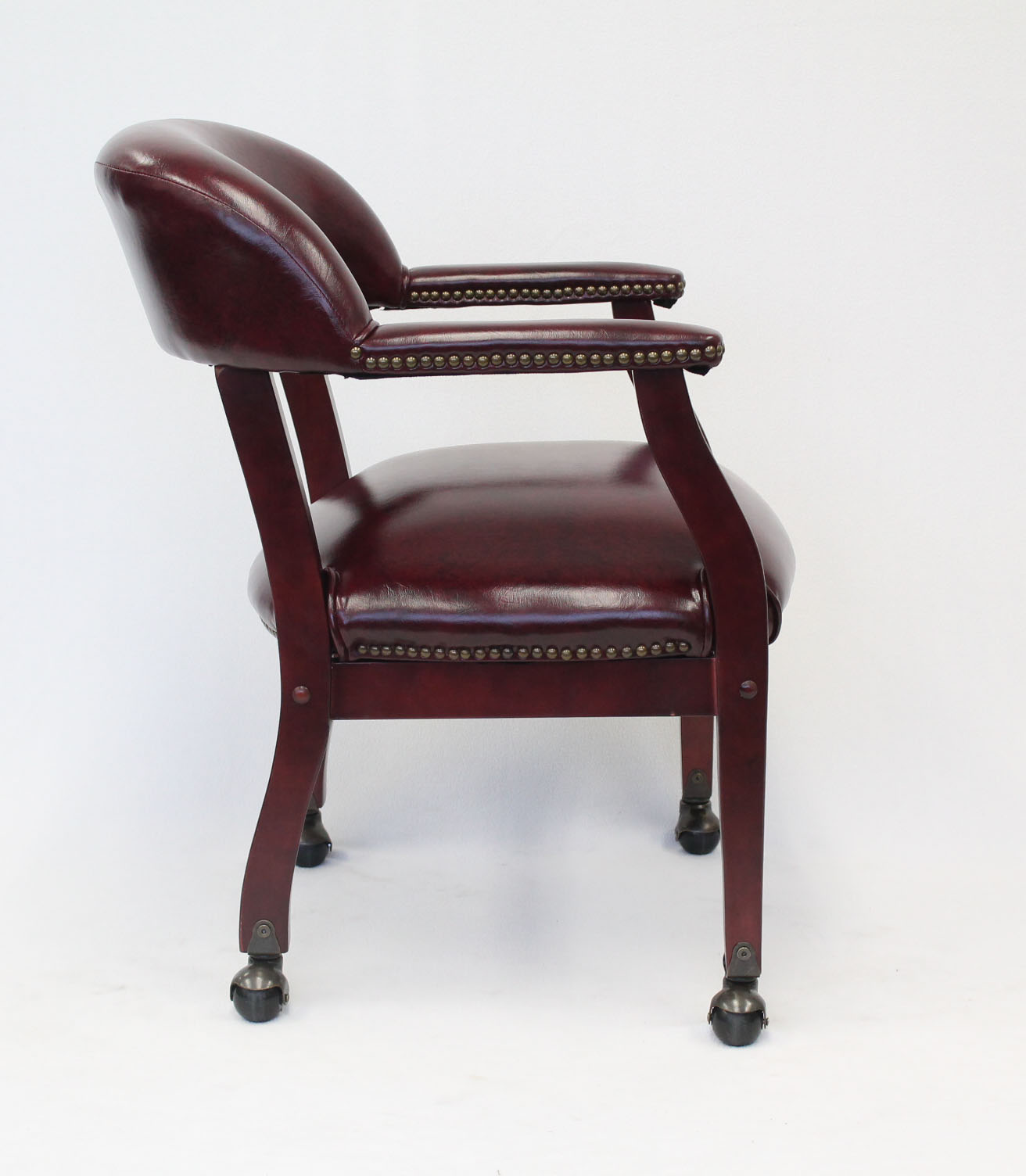 Boss Ivy League Executive Captain S Chair In Vinyl With