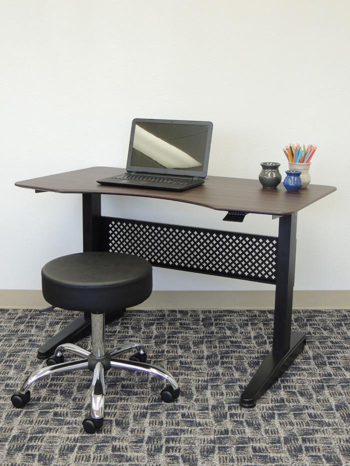Boss Height Adjustable Desk 48 X 25 5 Mocha Bosschair