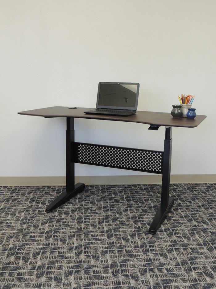 Boss Height Adjustable Desk 60 X 25 5 Mocha Bosschair