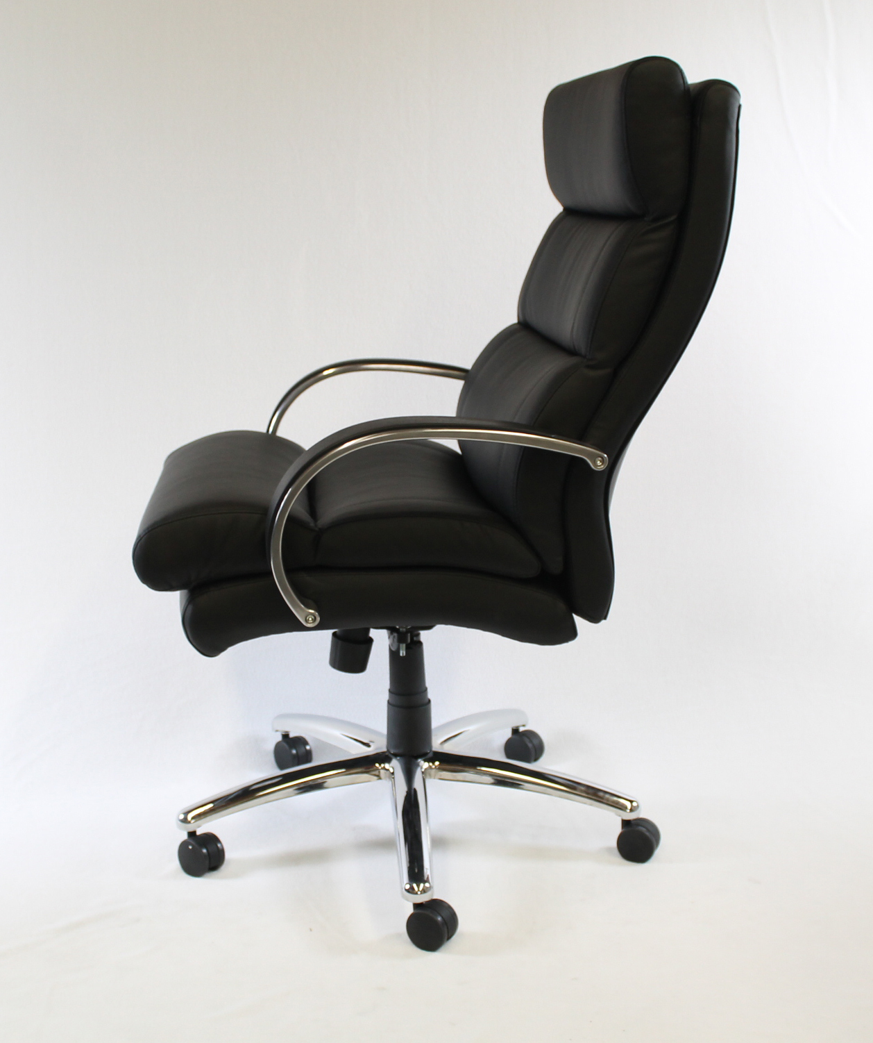Boss Heavy Duty Plush Padded Executive Chair Bosschair